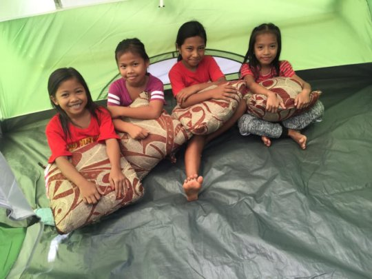 Tents as imrovised classroom for youngest pupils
