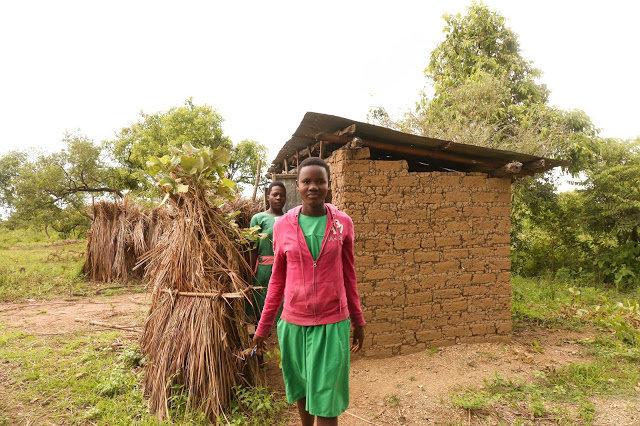 10Latrines for 10 public Primary Schools in Uganda