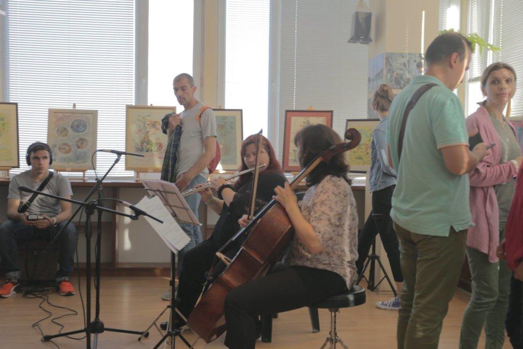 Help children in Varna access free art courses