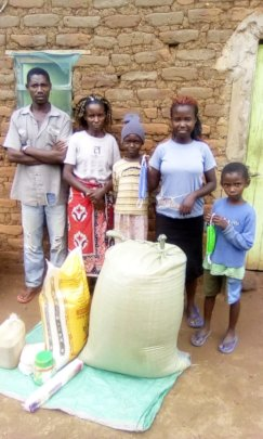 Sharon from Kitui with parents, sister & brother