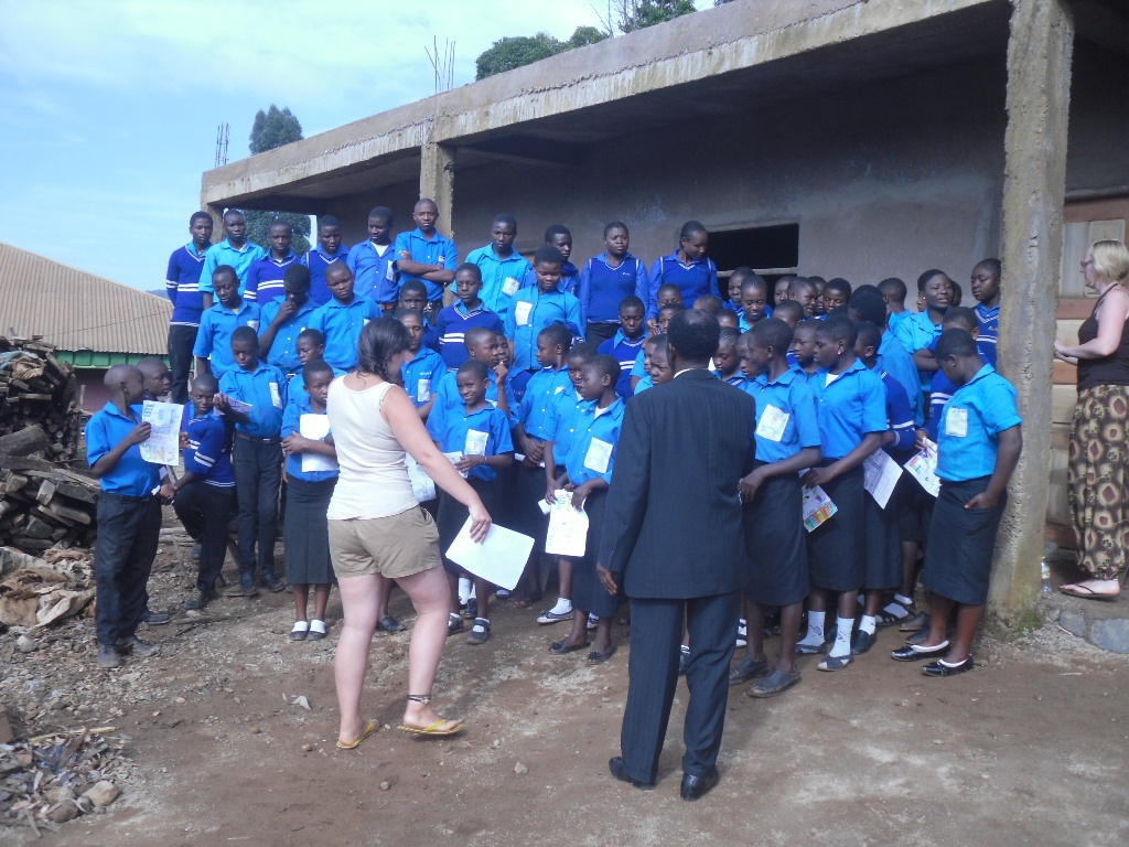Jodie, Director and Students at the Project Site
