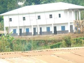 Full face of the school already constructed