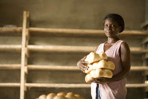 Vida Ankrah Selling Bread