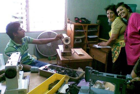 Sandra Boniche teaching