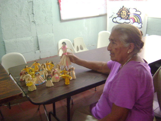 paper doll class teacher Doña Leonor