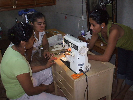 Into to machines with more than one stitch