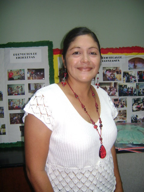Jewelry teacher Mirna Castillo