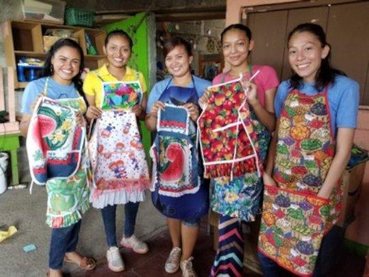 Making Aprons in Tipitapa