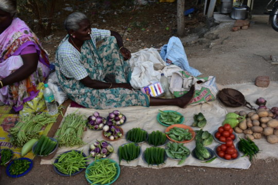 how women farmers currently sell their produce