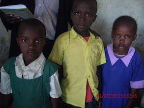 Help AIDS orphans go to school in Kenya