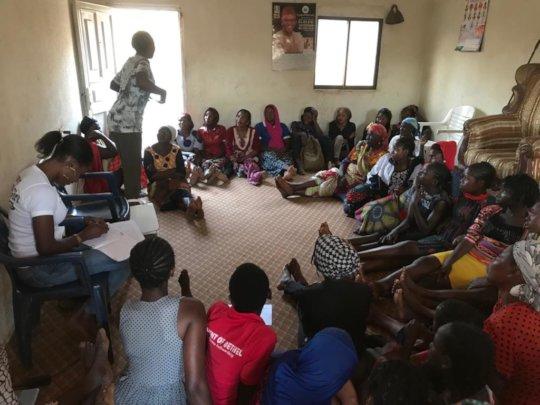 Inter-generational experience sharing forum