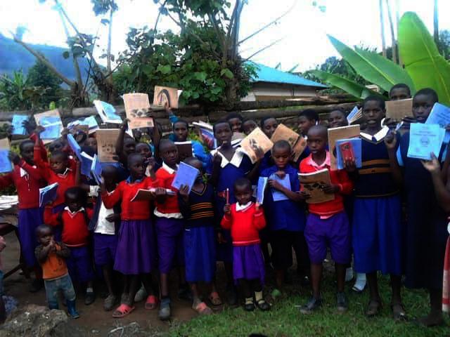 Schoolchildren in Kashija