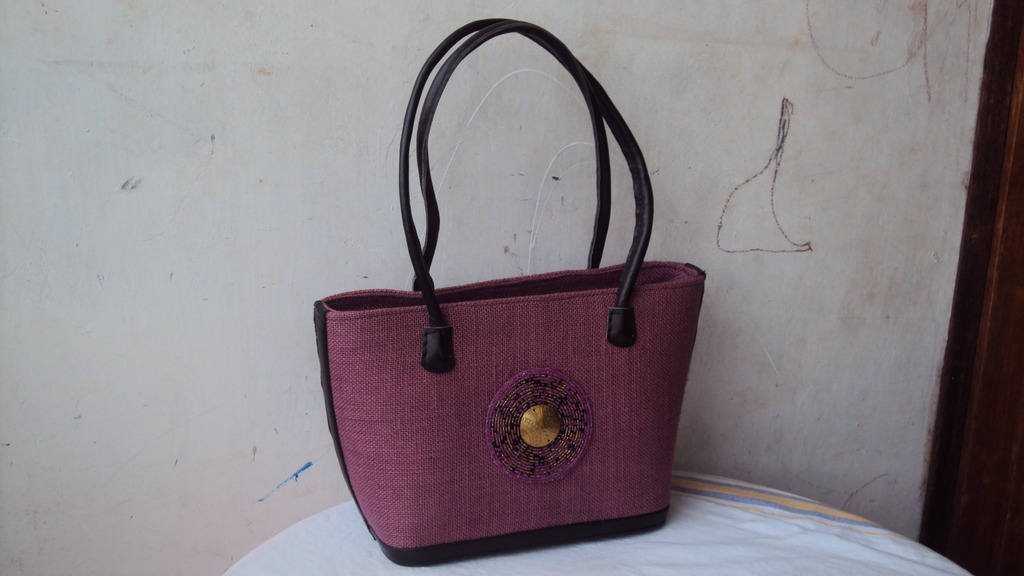 African bag by teen mums
