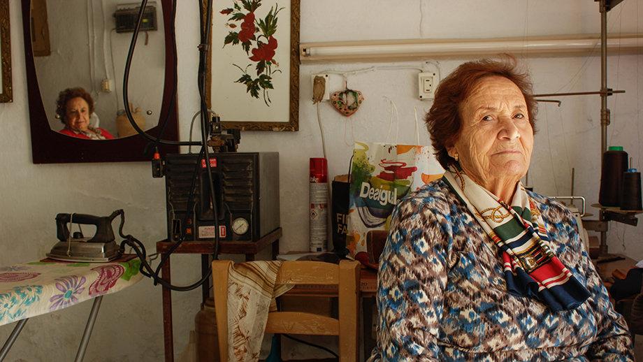 Empower Women in Gaza through Visual Storytelling