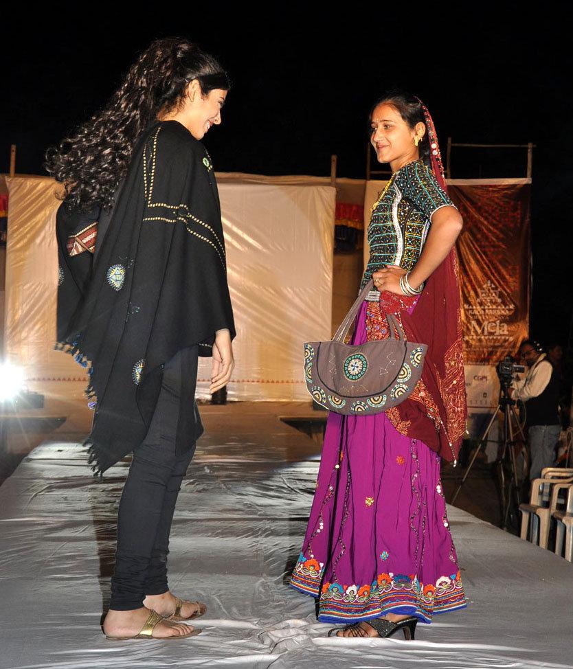 Monghiben walks the fashion show ramp