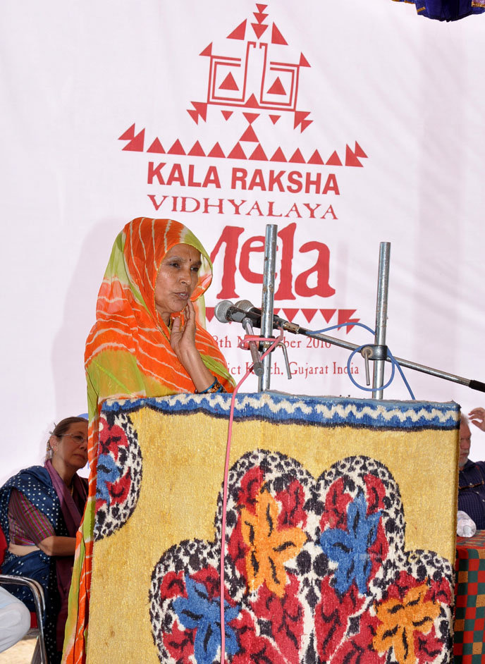 Hariyaben addresses the audience