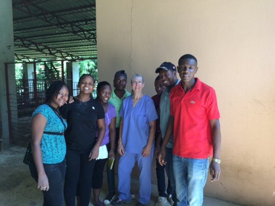The CVET student crew with Dr. Farin