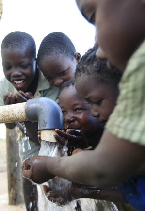 Give clean water to communities in Zimbabwe