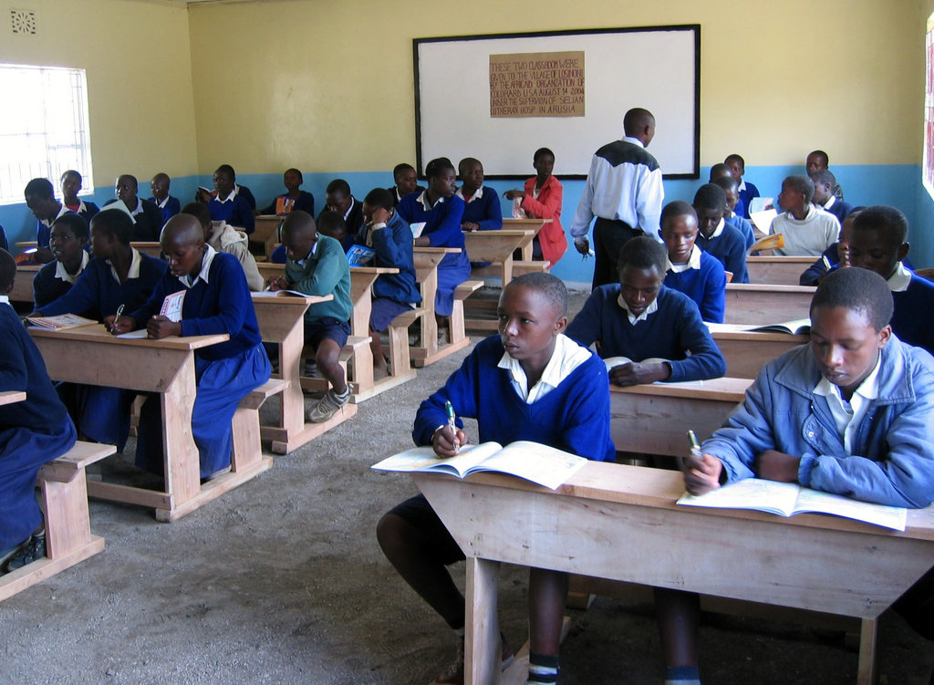 Feed 600 Children School Lunch in Tanzania
