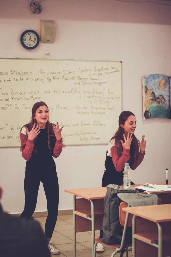 Engage 1000 Bulgarian students in public speaking