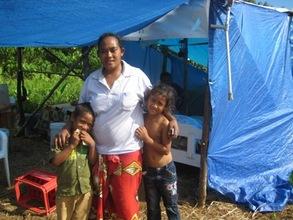 Ruta Sao with Family