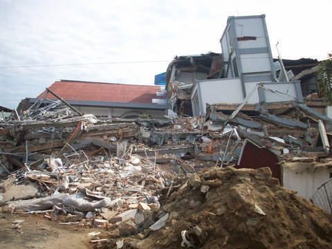 Indonesia Earthquake: Provide Clean Water