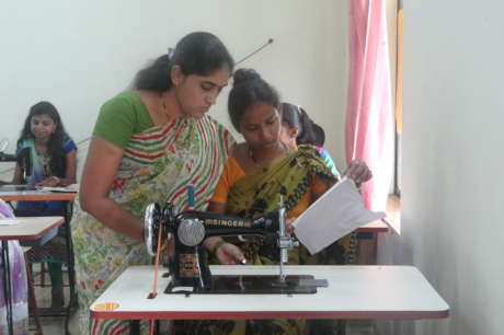 Skill 260 rural Indian women to be self-reliant