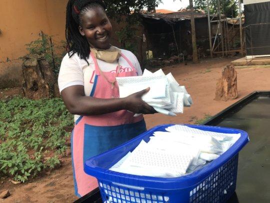 Jeniffer Dedicates her full time producing pads