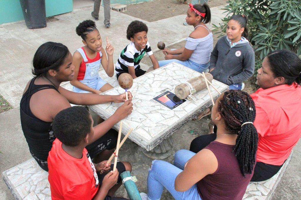 Help Us Empower Women to Make Loiza Thrive