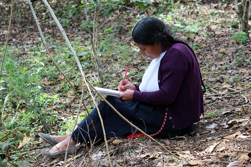 Indigenous artisans representing Mexico overseas