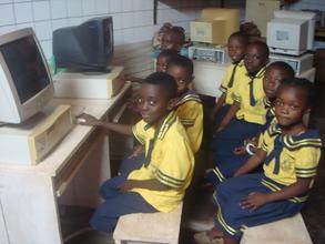 Kids in computer room 2