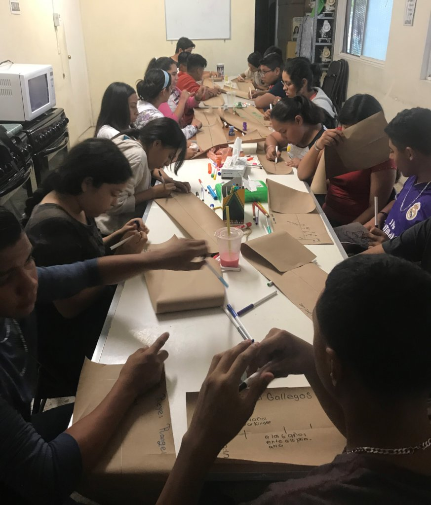 Help 286 Mexican teenagers to stay in school
