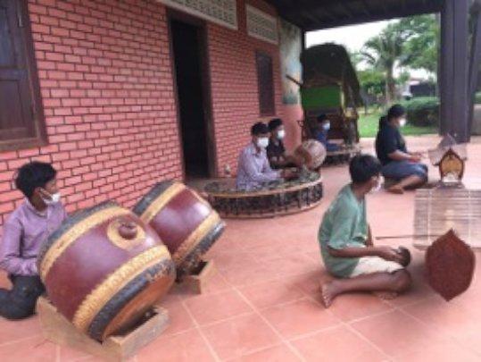 Cambodia music children practicing inside SCC SRP
