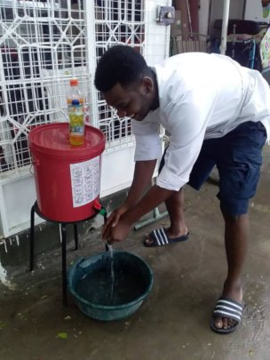 One of many community handwashing sinks