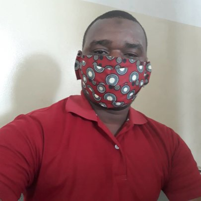 Our student (Hassan) modelling a mask