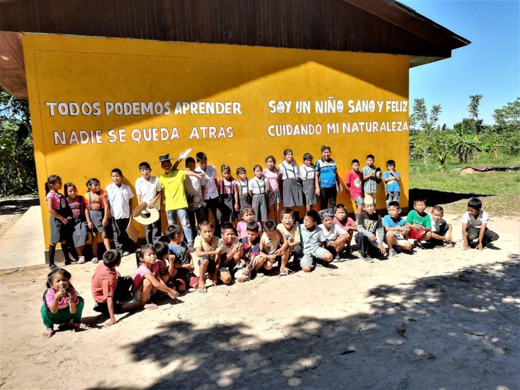 Indigenous children grow their own School Garden
