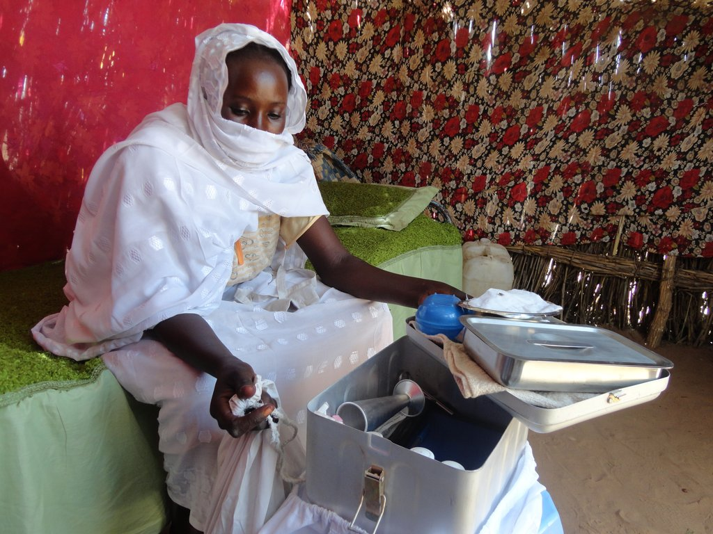 Midwife and her equipment