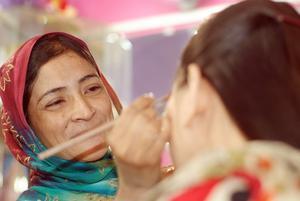 Bushra Back to her salon after vision is restored
