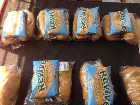 Covid-adherent refreshment packs