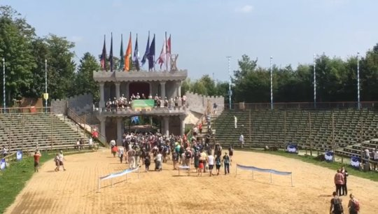 "Start of Charity Event Lowenmarsch (""Lion trail"")"