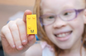 Braille Bricks: a tool for Blind Children literacy