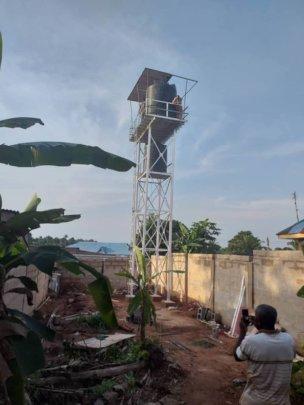 Solar Powered Bore hole and water tank at Ogidi