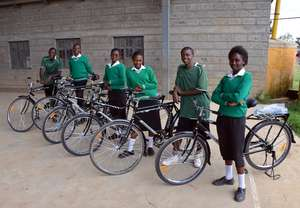 Miriam and other bike scholars at Mahiga