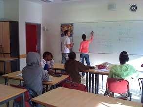 Mathematics tutorials in small groups