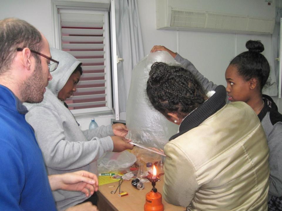 Afterschool science workshop