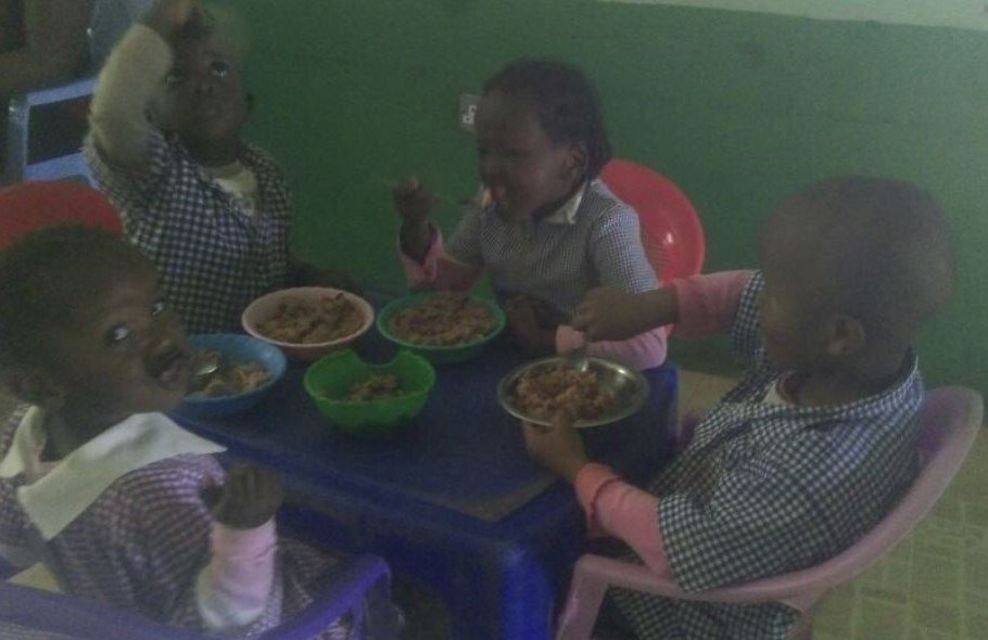 Its Time for Lunch at the Baby Unit
