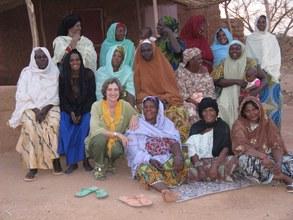 Akokan mentors with Bess