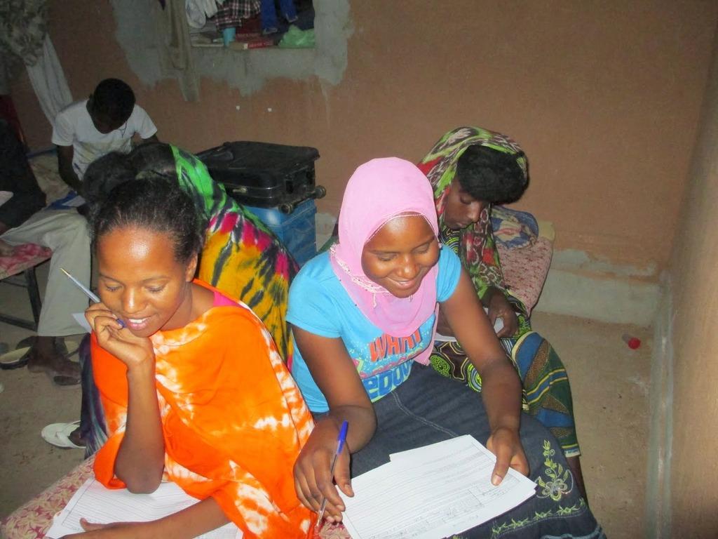 Tamamounte, Fatima & Dafada enjoying the questions