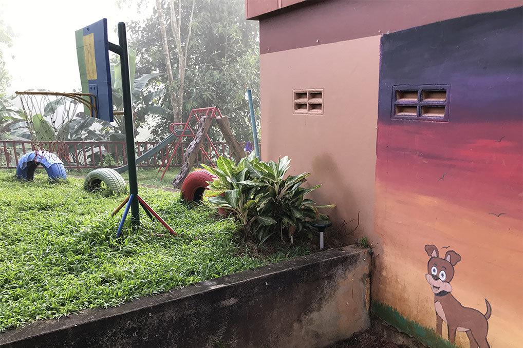 Figure 2: e25 near the kindergarten classroom