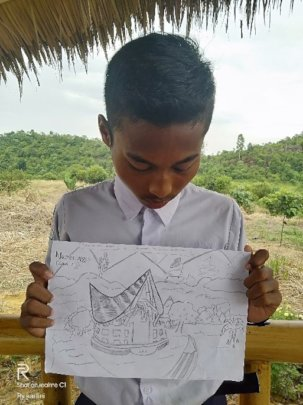One of the entrants into the drawing contest.